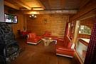 Zbojnícka drevenica 2 - obývačka
